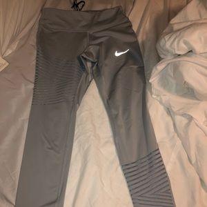 Nike dryfit running pants / leggings